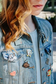 HOW TO STYLE YOUR DISNEY PINS...on a jean jacket.