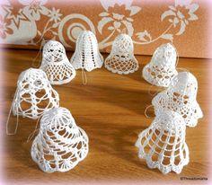 Campanelle inserzione di Etsy su https://www.etsy.com/it/listing/208178135/crochet-bells-set-of-8-designs-8-x-3