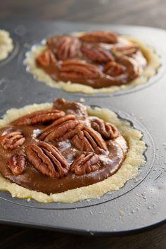 No Sugar (she uses stevia) Low-Carb Chocolate Pecan Pie | Healthful Pursuit…