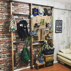 Diy Home Interior, Small House Interior Design, Home Room Design, Living Room Interior, House Design, Japan Room, Cafe Concept, Home Workshop, Automotive Decor
