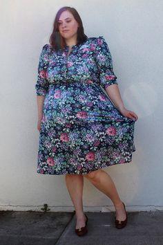 Plus Size  Vintage Navy Floral Shirt Dress Size 12 by TheCurvyElle