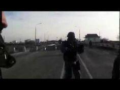 Criméia: Soldado russo atira em civil ucraniano numa barreira nesta segunda