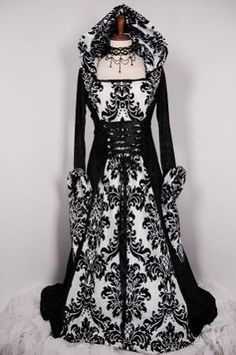 foto Vestido na cor preta com branco para noivas