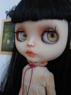 Muñeca Blythe personalizado por Spookykidsworkshop en Etsy