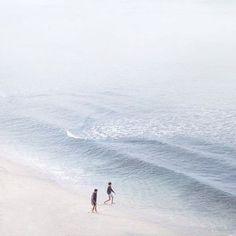 Summer Vibes :: Beach :: Friends :: Adventure :: Sun :: Salty Fun :: Blue Water :: Paradise :: Bikinis :: Boho Style :: Fashion + Outfits :: Free your Wild + see more Untamed Summertime Inspiration Wild At Heart, Summer Vibes, San Junipero, Videos Photos, Am Meer, Back To Nature, Beach Bum, Coachella, Surabaya