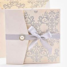 Finding vintage-themed wedding invitations won't require a horse and saddle. Search the Internet to locate or create ideal invitations that. Western Wedding Invitations, Wedding Stationery, Wedding Planner, Home Wedding, Wedding Day, Invitation Paper, Invitation Ideas, Paper Cards, Perfect Wedding