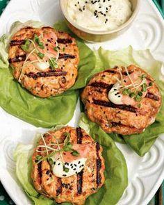salmon burgers with tarragon mayo