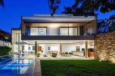MG Residence / Reinach Mendonça Arquitetos Associados