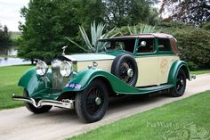 Buy online, view images and see past prices for 1934 Rolls Royce Phantom II Continental cabriolet Kellner. Invaluable is the world's largest marketplace for art, antiques, and collectibles. Retro Cars, Vintage Cars, Antique Cars, Rolls Royce Phantom, Bugatti Royale, Hot Rods, Muscle Cars, Classic Rolls Royce, Rolls Royce Cars