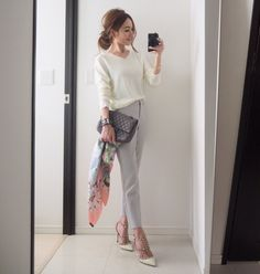 Decoding work wear codes: how to dress business casual Office Fashion, Work Fashion, Daily Fashion, Celebrity Fashion Outfits, Business Casual Dresses, Gangnam Style, Professional Outfits, Womens Fashion For Work, Minimalist Fashion
