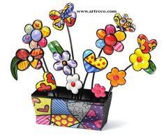 Garden Figure (Rectangular Vase) U$240