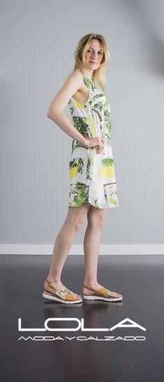 No querrás quitártelo. El verano ya está aquí.  Pincha este enlace para comprar tu vestido en nuestra tienda on line:  http://lolamodaycalzado.es/primavera-verano/594-vestido-estampado-sin-mangas-salsa.html