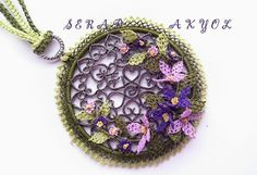This Pin was discovered by Bir Jewelry Accessories, Jewelry Design, Needle Lace, Lace Making, Beaded Flowers, Needlework, Jewelery, Crochet Earrings, Coin Purse
