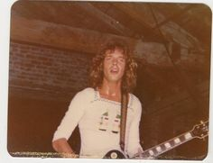 Great old pic of Peter Frampton at The Warehouse in NOLA Peter Frampton, Humble Pie, Music Therapy, White Boys, Get In Shape, The Beatles, Warehouse, Singers, Rock