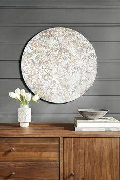 Brighten up a room with our Focus round mirrors. Round Wall Mirror, Round Mirrors, Modern Mirrors, Modern Wall, Modern Bedroom, Table Decor Living Room, Baby Room Decor, Dining Room, Room Kitchen