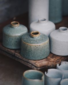 Inkwells in their fired and freshly thrown state, swipe to see the latter. Alongside being a favourite form of mine to made, they also… Glass Ceramic, Ceramic Clay, Ceramic Pottery, Pottery Art, Earthenware, Stoneware, Keramik Design, Sculptures Céramiques, Pottery Designs
