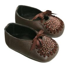 cute, but baby girl is not a baby anymore... too bad they don't have these in bigger sizes