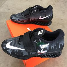 best authentic 5e670 308c6 Batman Joker Theme Nike Romaleos 3