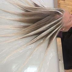 ¿Conoces la última técnica para teñido tu cabello  Está triunfando en todo  el mundo fe6cc80dff59