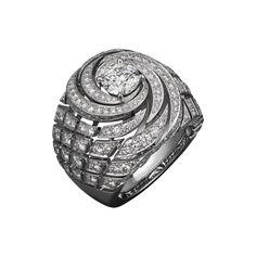 High Jewelry ring Platinum, brilliants.