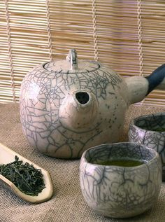 Chawan, Yunomi and the Cha Dou art-and-the-spirit-of-tea