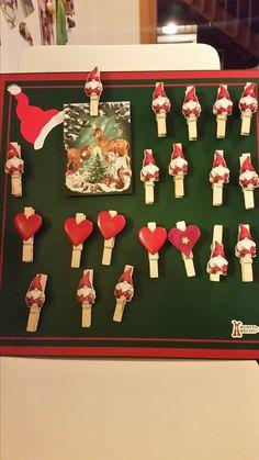 Tonttupajassa valmistuu magneetti joulukortin pidikkeitä, kortit pysyy siististi tallessa jääkaapin ovessa. Tai muita muistettavia varten. Kauniit tulitikkuaskit vaikka lahjaksi kynttilän kanssa kimppaan https://www.facebook.com/events/527157394085274/permalink/539530242847989/