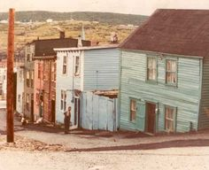 Downtown St. John's 1960's or early 1970's Newfoundland Canada, Newfoundland And Labrador, Beautiful Places In The World, Beautiful Homes, Devon Uk, Atlantic Canada, Old Faithful, Old Street, Prince Edward Island