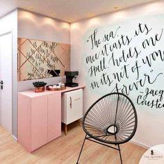 40 super ideas for wall art cafe decor Nail Salon Decor, Beauty Salon Decor, Beauty Salon Interior, Salon Interior Design, Interior Walls, Boutique Interior, Spa Room Decor, Wall Decor, Home Decor