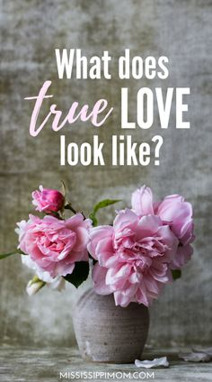 What is true love? 22 Bible Verses about Love and 6 FREE printables, including 6 Bible Verse Cards to print! Thing 1, Mindful Living, Special Needs, Maya Angelou, Homemaking, Self Care, True Love, Decir No, Meant To Be
