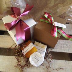 Jabones y cajas artesanales