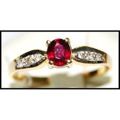 http://rubies.work/0441-sapphire-ring/ Genuine Ruby 18K Yellow Gold Diamond Solitaire Ring R0128