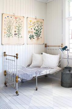 Bedroom beds, botanical prints, white, vintage bedrooms, kid rooms, painted wood floors, wall prints, posters, painted floors