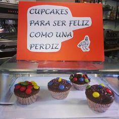 Cupcakes de chocolate con una pincelada de cherry. ¡¡Están riquísimas!!