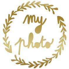 Le sticker Mini Cadre de chez Mimi'Lou pour entourer son portrait d'une couronne de laurier.