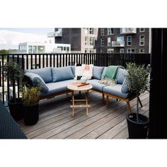 Nyhet 2019 / Loungesofa – høyre - Balkongbenker - Balcony Living Outdoor Sectional, Sectional Sofa, Lounge, Outdoor Furniture, Outdoor Decor, Outdoor Gardens, Exterior, Space, Home Decor