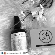 Weekend!!  And we have another wonderful post of our products thanks @missesclementi #trydermaid #dermaid #organicbeauty #ecoluxurybeauty #organicluxury #bellyoil #igers #naturalcosmetics #biokosmetik #naturkosmetik #naturalcosmetics
