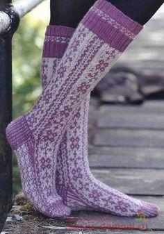 Fair Isle Knitting, Knitting Socks, Hand Knitting, Knit Socks, Knit Stockings, Stockings Legs, Slipper Socks, Slippers, Sexy Socks