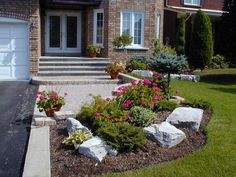 small front yards with small landscaping ideas