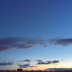 -- ESTRATOS EN TU CIELO --  #amañeceres Buenos días!  [#albertosierra_mobilephotography]