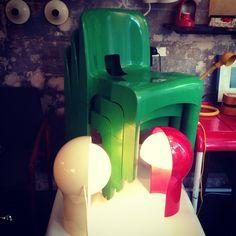 «Italian design per favore  #universale #joecolombo #telegono #vicomagistretti #artemide #italiandesign #modernariato»