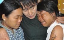 Aung San Suu Kyi obtient des excuses publiques de la police birmane après une interviention violente contre des manifestants