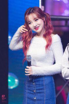 (11) Etiqueta #러블리즈 en Twitter Kpop Girl Groups, Kpop Girls, Group Roles, Ailee, Lee Soo, Angora Sweater, Woollim Entertainment, Pop Group, Twitter