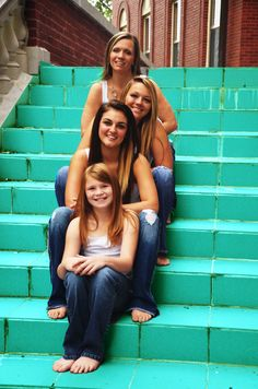 Single Mom with her girls! - I want a picture taken like this!