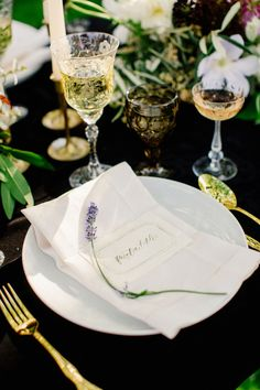 Lettering and Paper Design by Feast Fine Art and Calligraphy   Photography by Olivia Leigh Photographie   Floral Design by Fleur