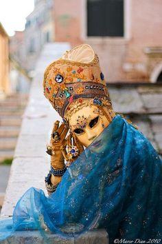Carnival in Venice, Italy. Venice Carnival Costumes, Venetian Carnival Masks, Carnival Of Venice, Venetian Masquerade, Masquerade Ball, Venice Carnivale, Venice Mask, Mardi Gras, Clowns