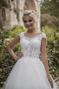 Wedding Color Schemes, Wedding Colors, Bridesmaid Dresses, Prom Dresses, Wedding Dresses, Circle Dress, Millie Bobby Brown, Cheap Wedding Dress, Dance Dresses