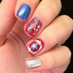 Captain america nails for Fourth of July Seasonal Nails, Holiday Nails, Christmas Nails, Marvel Nails, Avengers Nails, Cool Stuff, Love Nails, Pretty Nails, Superhero Nails