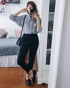 Fashion outfits - Art prints Buy now Use this code for off Check out on MarbleArtCo Preppy Outfits, College Outfits, Office Outfits, Chic Outfits, Fall Outfits, Fashion Outfits, Work Outfits, Summer Outfits, Work Fashion