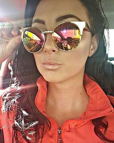 •@quayaustralia Asha Gold sunnies •@carlibel @bhcosmetics palette for highlight •@maccosmetics creme de nude lipstick & floralabundance lipglass  #quay #quayaustralia #sunnies #carlibybel #bhcosmetics #highlight #lipgloss #maccosmetics #mac #raeofsunshinebeauty #makeup #beauty #weekend #love #favorite #sunglasses #selfie #snapchat #asha #glow #limitededition #instabeauty #instamakeup #motd #fotd #follow #like #webstagram