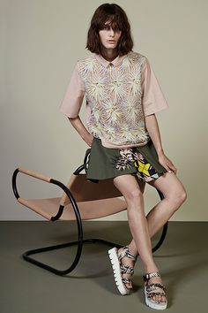 View all the look book pictures from the MGSM resort 2015 collection. Read the article to see the full gallery. Women's Runway Fashion, Fashion Week, Milan Fashion, Fashion Online, Fashion Show, Womens Fashion, Fashion Design, High Fashion, 2015 Fashion Trends